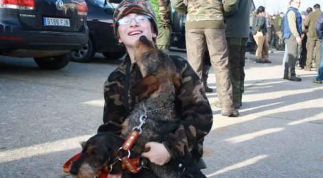 No a la caza con galgos y otras razas
