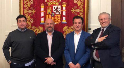 Cazadores y la Delegación del Gobierno en Navarra analizan el aumento de la violencia animalista contra el sector cinegético